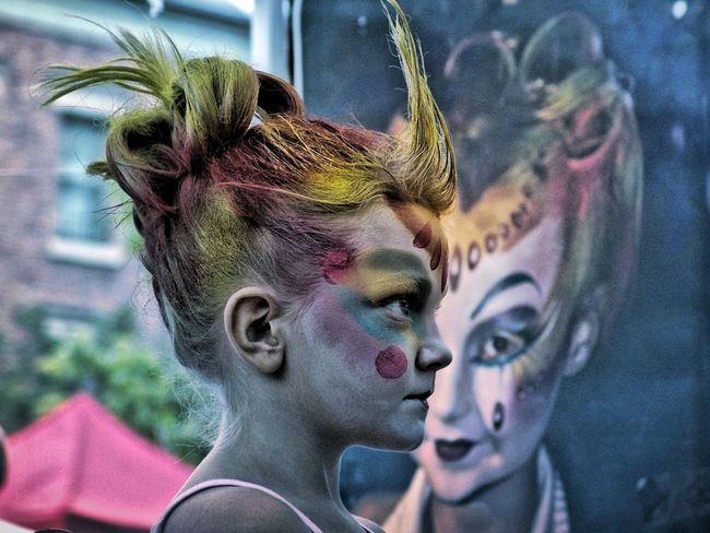 Facepainting Facepainting Kids Streetart People Photography Peoplephotography Girl Colorful Kidsphotography Kids Having Fun Street Photography