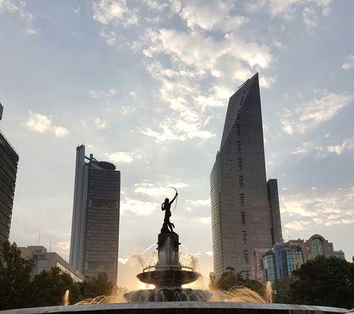 Diana Cazadora Diana Fountain Paseo De La Reforma Cdmx Fuente Fuentes Nofilter