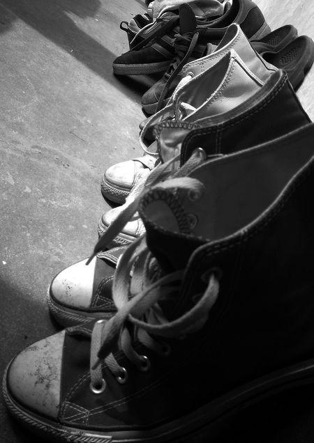 OpenEdit Streetphotography Monochrome Converse Taking Photos