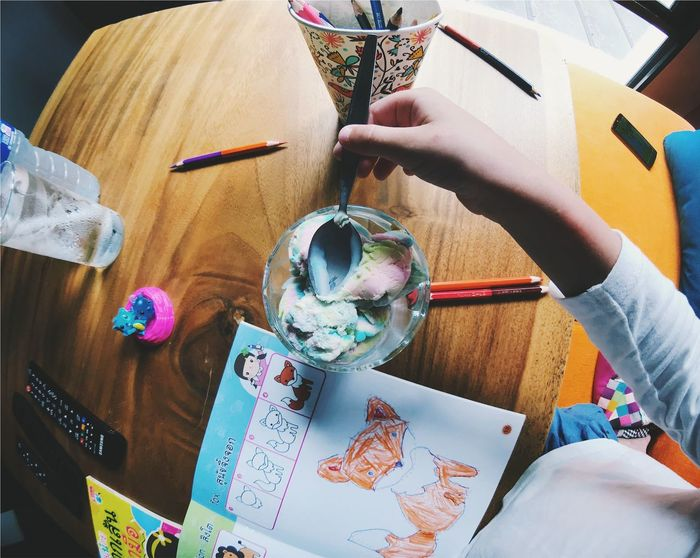 Art And Craft Brush Childhood Craft Creativity Finger Hand High Angle View Holding Human Body Part Human Hand Indoors  Leisure Activity Lifestyles One Person Paintbrush Paper Real People Table Women