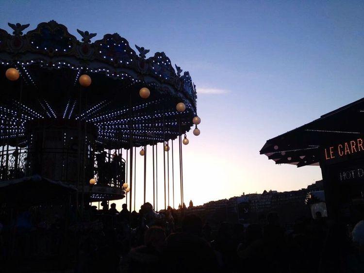 Carrousel TourEiffeil Toureiffelbynight CarrouselTourEiffel Paris Streetviews