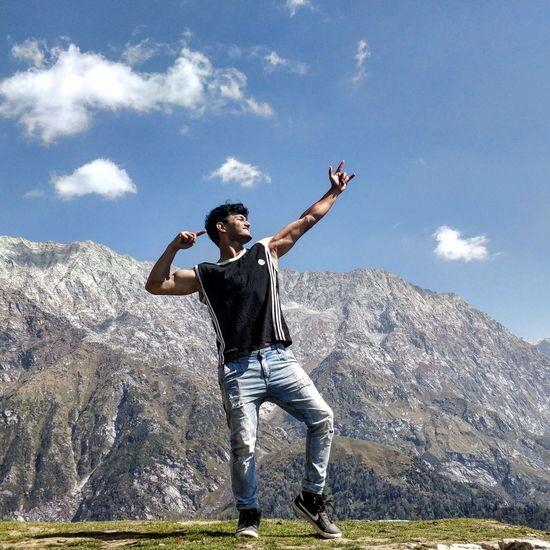 Be. Ready. Mountain Range Goodvibes Himachalpradesh Pahadi Fitness Newyeariscoming Happymoments