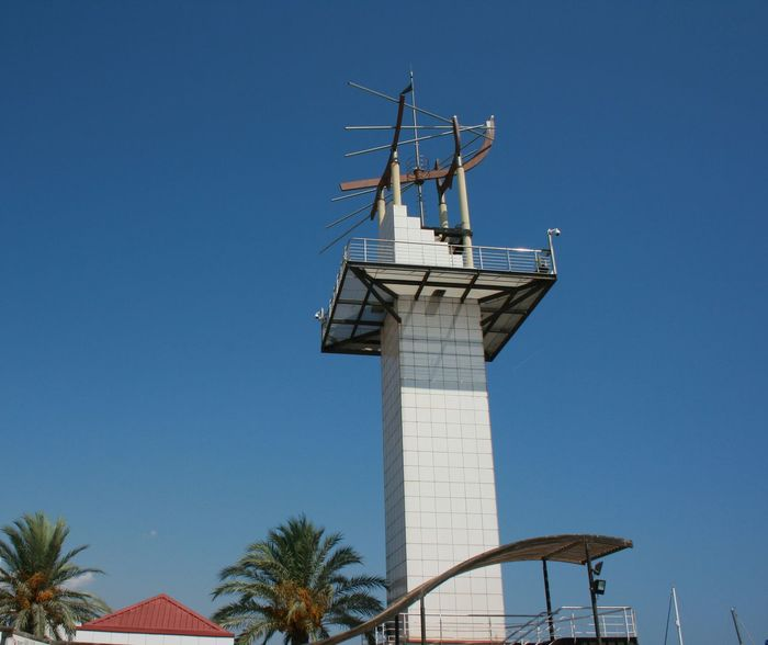This beautiful structure is a port tower in Castellón de la Plana, Spain. Blue Sky Castellón Clear Sky Ingeneering Modern Architecture Modern Art Port Port Tower Tower