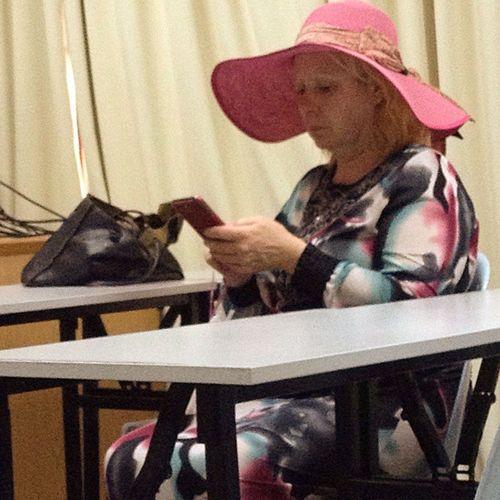 "I miss you Mama Katty. So I quote Dr. Katia ""Jangan bermain dgn telephone semasa di dalam kelas..."". HandphoneBaru WahAslinya . Picture courtesy by @yazrin_azrina, kamu sangat nakal. Padah mek ngan Dr. Katia kak. Hahaha."