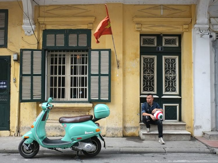 #vespa ET8 Lunarnewyear 2018 Frenchantique Vespatrip #Vietnam Full Length One Person Only Men Real People One Man Only Adults Only Architecture