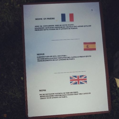 Just to make a break, here are two of the worst Translations I have ever read in France . Find them at Rochefortenterre Castle (but I hope you won't...)! 😁 Brokenenglish Brokenspanish English Spanish Español Errores Mistakes  Assimil Badtranslation Translation Traduction Traductions