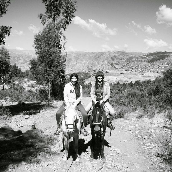 Peru Traveling Caballos 🐎🐎👢 amigas