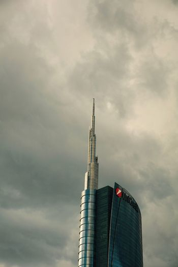 Tallest building in Italy. Architecture Cesarpelli City Cloud - Sky International Landmark Low Angle View No People Sky Skycraper Tower Unicredittower