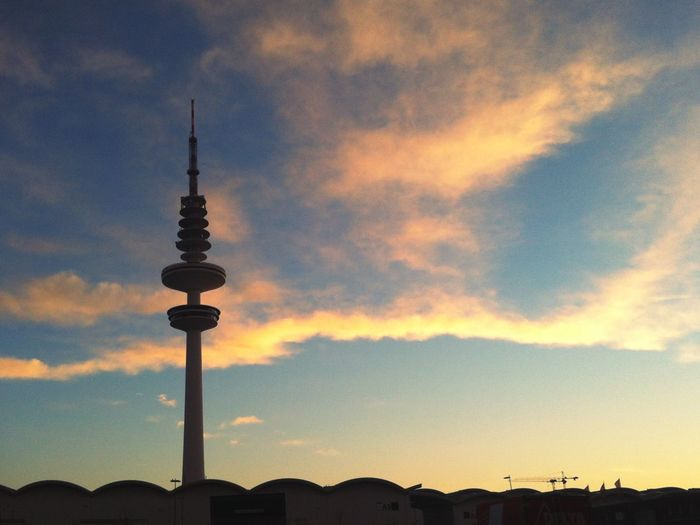 Fernsehturm. Hamburg Schanzenviertel Lagerstraße Messegelände Sunset Tower Silhouette City Tall - High Fernsehturm Sky Clouds And Sky Sun Architecture Communication Tv