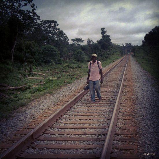 The long walk... #nex5n #instasighting #instadroid #bong #liberia #africa Africa Bong Liberia Instadroid Nex5n Instasighting