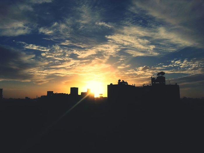 The Sun Sunrise Sunrise_sunsets_aroundworld Sunlight