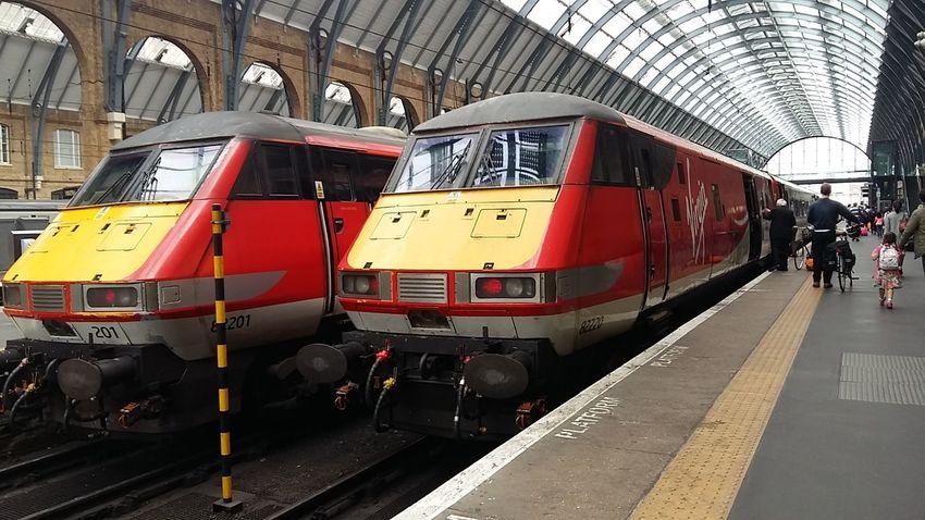 Travel Train Train Station Kings Cross Virgin Trains London Londonlife Lifeasiseeit Johnnelson John Nelson Traveling
