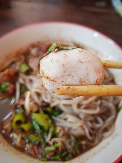 Pork ball thai noodle