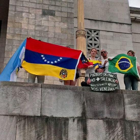 Apoyo a nuestra querida Vzla ResistenciaVzla Fortaleza VenezolanosenArguentina Elquesecansapierde ElQueseRindaPierde