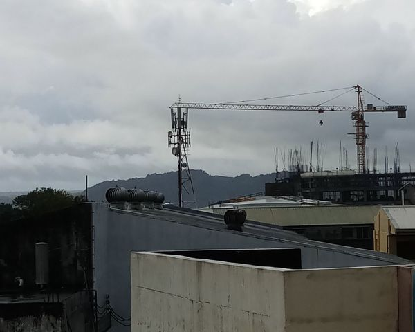Dusky Morning view. Building Exterior Buildings Rooftop View  Rooftops Mechanical Gloomy Weather monochrome photography Structures & Lines Urban Geometry Urbanphotography Farview Cityscape Cityliving Golf Club Electricity Pylon Technology Electricity  Cable Business Finance And Industry Sky Cloud - Sky