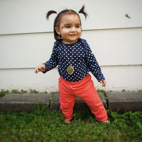 Cutest little girl you ever did see! Hellomissgorgeous2014rep Eversewbeandrepon Eversewbrandrep Babygap kidsfashion babystylista fashionista