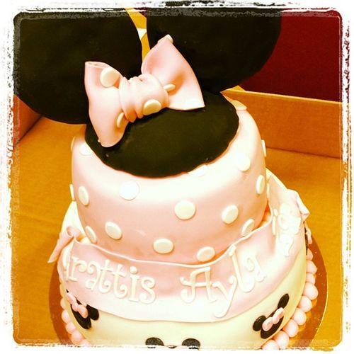 Hade kalas för Ayla tidigare. Hennes tårta va grymt god! :) Ayla  Birthdaycake Sunday SugarRush stenungsund