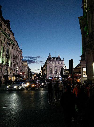 Dayinlondon London Piccadillycircus Unitedkingdom Magicsky Beautifulsky Summertime Nightout