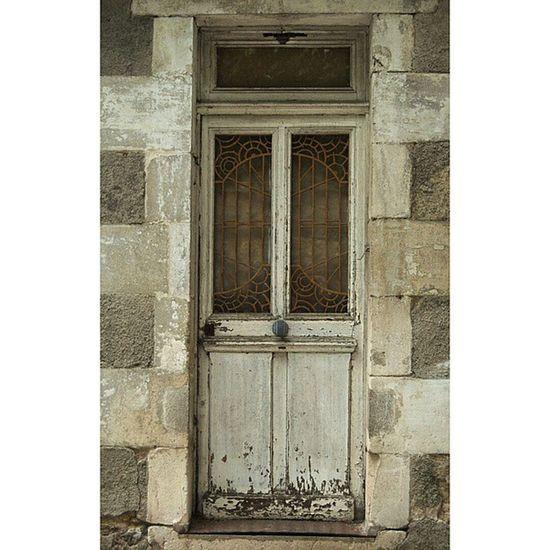 Sancerre Igerscher Architecturerurale Porte grainedenature
