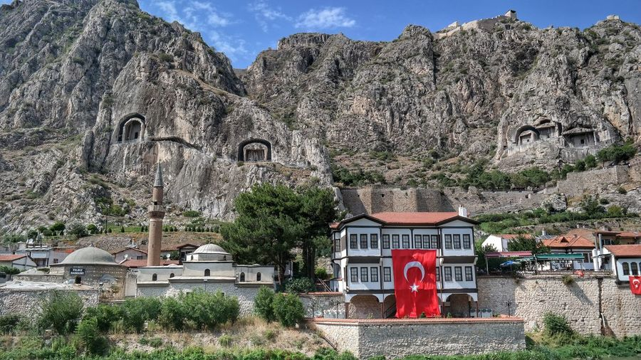 Amasyaevleri Amasya Castle Amasyakralkaya Mezarlıkları Amasyakalesi Turkeyphotooftheday Amasya/Turkey Amasya EyeEmBestEdits Turkishfollowers FirstEyeEmPic Fresh First Eyeem Photo Popular Getting Inspired Turkeyphotos Fresh On Eyeem  Amasya,turkey Architecture Eyemphotography Check This Out