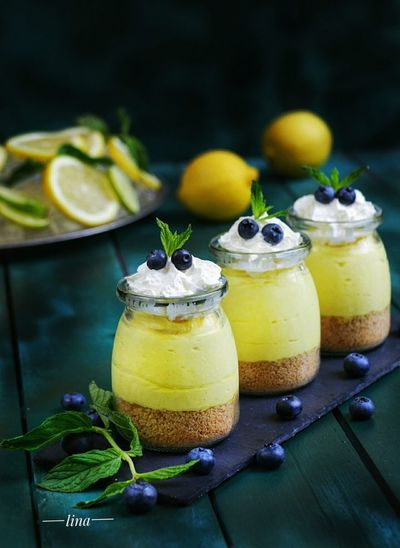 Food Photography Cake Photography ❤ Food Styling Homemade Ready-to-eat Homemade Food Sweet Sweet♡ Dessertphotography Dessert Time Dessert... Mmmmm Yum Yum  Dessertoftheday Desserts On The Table Dessert Photography Dessert Time! Lemon Cheesecake Lemoncake Lemon Analool