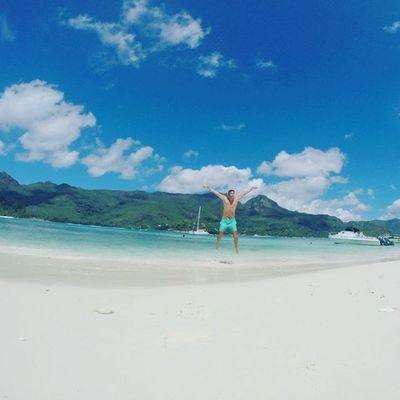 Seychelles BeauVallon French paradise Paradis Sun Lille Holidays Vacances Travel Bluesea Mahé Praslin Ladigue Beach Instagood Instagram Insta Victoria Edenisland Saintetherese Ladigue