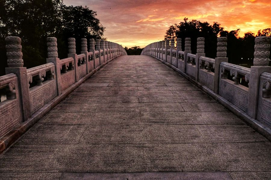 Infinite road Infinite Roads Sunset Cloud - Sky Tree Outdoors Gold Colored Sky No People Golden Hour Goldensunset Golden Sunset Infinity Infinité Bridge Road Chinese Garden Chinese Garden Singapore Singapore EyeEmNewHere