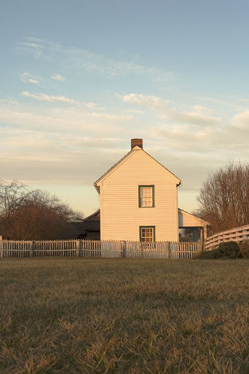 Old Farmhouse Farm House