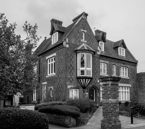 Arts and Crafts house (Rugby School annex), Little Church Street, Rugby, Warwickshire Rugby Rugbytown Warwickshire Arts And Crafts Black And White Monochrome FUJIFILM X-T10 Architecture