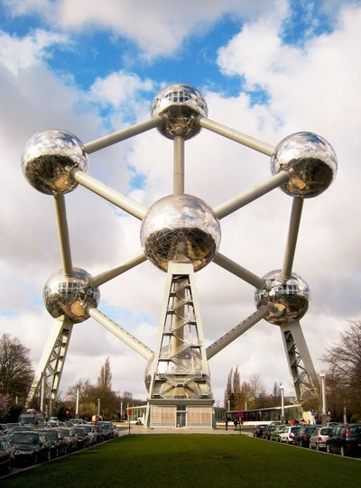 Belgium Belgique Brussels Solidarity Monument Traveling Travel Photography Travel Popular Photos Popular EyeEmBestPics EyeEm Best Edits EyeEm Best Shots Atomium Bruxelles All For One, One For All! Together Urbanphotography Urban Landscape Urban Geometry Structure Shapes And Forms Abstractart Abstract The Architect - 2016 EyeEm Awards The Architect - 2017 EyeEm Awards The Great Outdoors - 2018 EyeEm Awards The Architect - 2018 EyeEm Awards