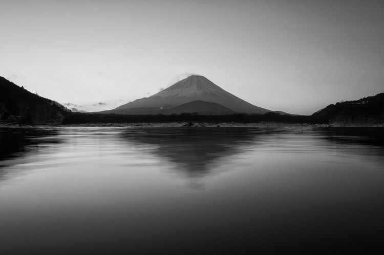 Mt Fuji Fujisan Mountains Lake Lake View Nature Nature Photography Landscape Landscape_Collection Getting Inspired Black And White Nature_collection Sunrise Morning Japan Kawaguchi Lake Blackandwhite Blackandwhite Photography Reflection Water Reflections Water From My Point Of View