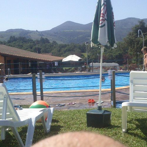 Piscina CampingColombres Colombres Asturias summer