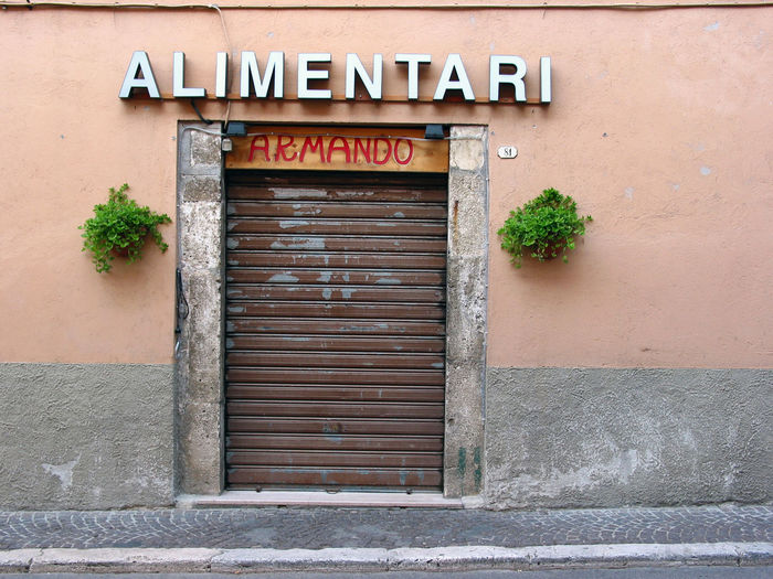 Alimentari Alimentation Architecture Building Exterior Built Structure Communication Day Door Entrance Food Foodshop Leonessa No People Outdoors Rieti Rieti, Italy Shop Text