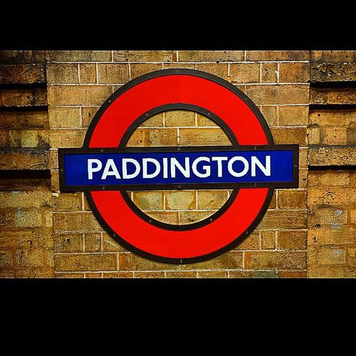 Paddington Tube Station, London. Paddington Londonlife Tube Tubetrain Life Piccadilly Underground Tube Tubestation Subway Londonlife Lovelondon Londonview England English Britain British Uk Unitedkingdom Greatbritain GB