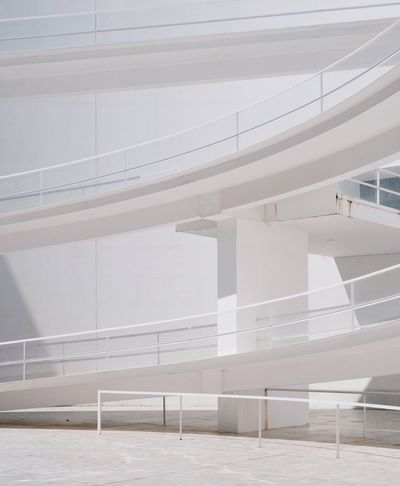 White Color Modern Minimalism Minimalist Architecture Architecture_collection Architecture Travel Photography Architecture Built Structure Railing Day No People Seat White Color Staircase Sunlight Steps And Staircases Building Modern Connection Absence Capture Tomorrow