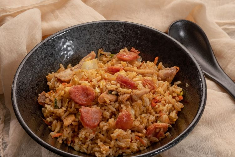 Rice - Food Staple Fried Rice Fried Meats Lean Meat Minced Meat Chinese Food Asian Foods Asian Food Culture Food Food And Drink Indoors  Healthy Eating Freshness High Angle View Wellbeing Ready-to-eat No People Still Life Kitchen Utensil Bowl Close-up Meat Table Preparation