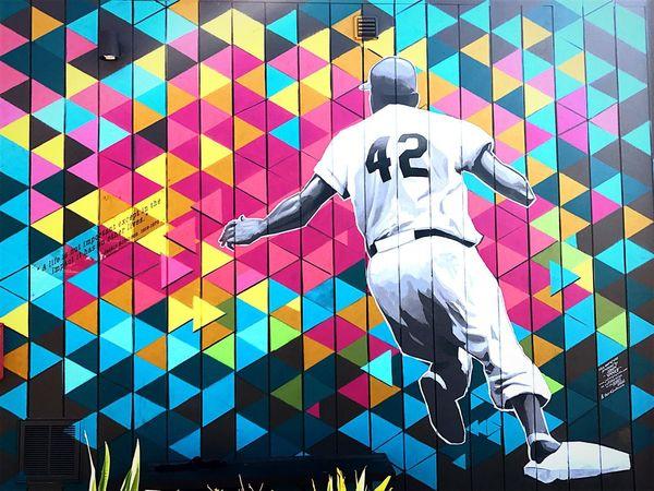 Neon Life Streetart Baseball Jackie Robinson Dailywalk