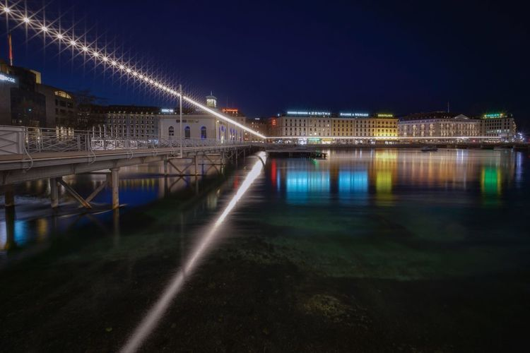 Long Exposure Citiscape  Geneve, Switzerland Ginebra (Suiza) Lights Architecture Night Built Structure Illuminated Water Building Exterior City Bridge No People River Reflection Connection Transportation Bridge - Man Made Structure Travel Destinations Outdoors Clear Sky Cityscape