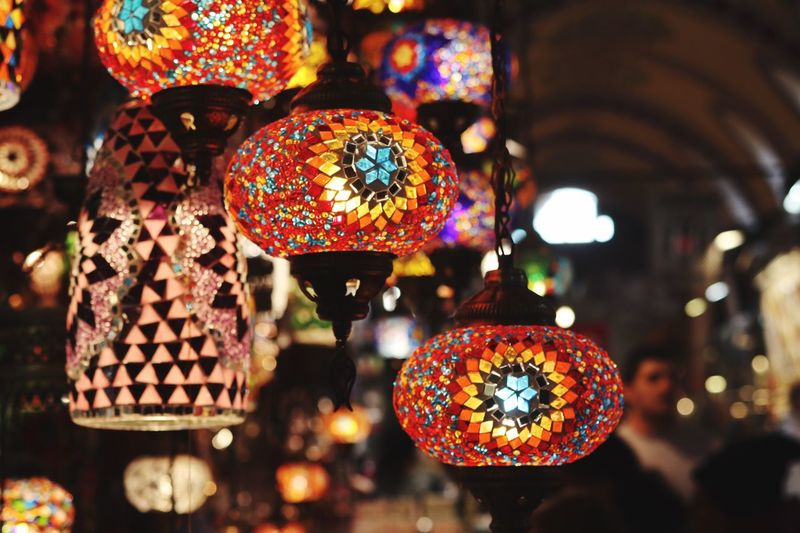 Hanging Decoration Multi Colored Focus On Foreground Retail  For Sale Illuminated Close-up Lighting Equipment Market Pattern No People Choice Variation Art And Craft Market Stall Large Group Of Objects Craft Business Retail Display