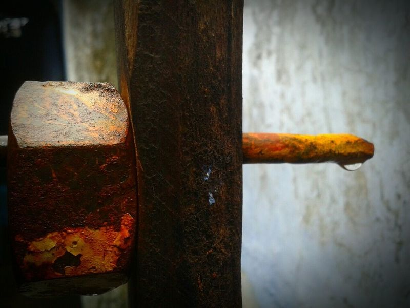 Rusty No People Close-up Indoors  Freshness Day Waterdrops Drop Rust Nut Iron - Metal Iron Ironrust Rod