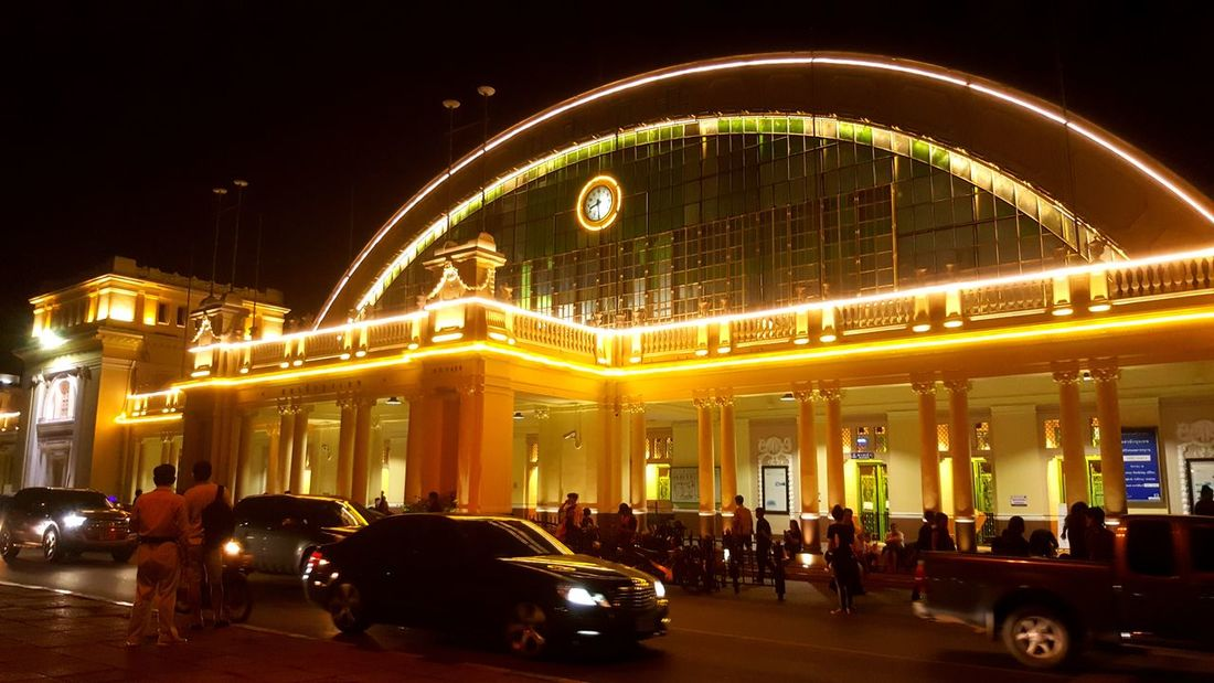 HuaLamphong Station Night City Street Nightview Outdoors Thailand Architectural Feature Light In The Darkness Lighting Equipment Decorative Art
