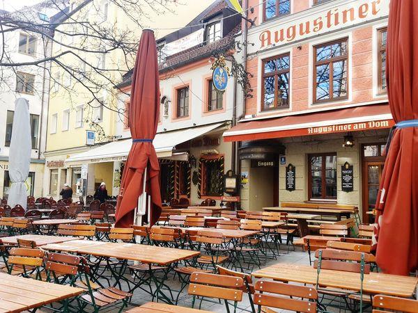 München Brauhaus Augustiner Winter Deutschland Urban Landscape Check This Out Colorsplash Cityscapes Taking Photos