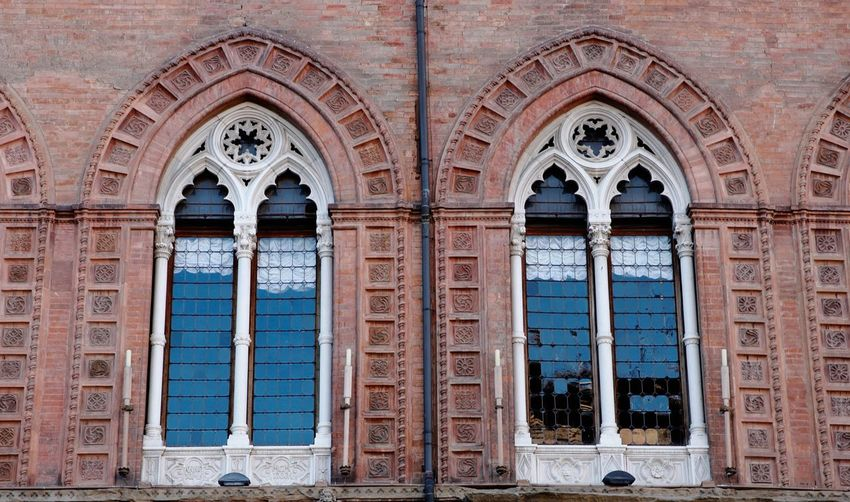 Double window Bologna Italy Cityscape Detail Architecture_collection Artcity Canon5Dmk3 Architecture Built Structure Building Exterior Arch Building History No People Window Art And Craft Place Of Worship Travel Destinations Day Outdoors Old