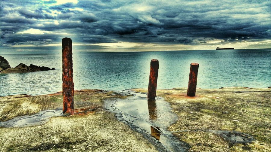 Dean Quarry Water Sea Sea And Sky Water And Sky Rusty Rusty Poles Quay Ship Horizon Over Water Horizon Concrete Rusty Iron Rust