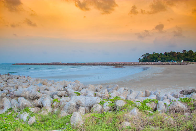 The evening light on the Chumphon. Beach Beauty In Nature Cloud - Sky Horizon Horizon Over Water Idyllic Land Nature No People Non-urban Scene Outdoors Plant Rock Scenics - Nature Sea Sky Solid Sunset Tranquil Scene Tranquility Water
