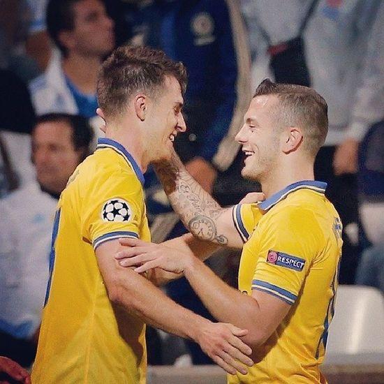 Morning world, semoga duet pemain ini ada di pertandingan lawan mu Arsenal Coyg Gooners Jack wilshere aaronramsey