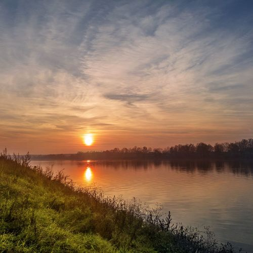 Sunset on the Sava river River Riverside River View Riverscape Water Tree Sunset Sun Sunlight Reflection Blue Sky Horizon Over Water Panoramic Dramatic Sky Atmospheric Mood Moody Sky Calm Romantic Sky Shore My Best Photo