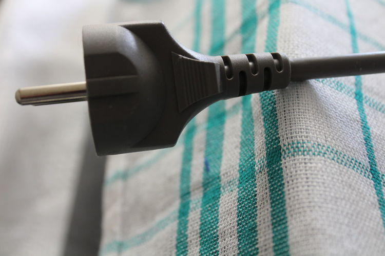Indoors  Close-up No People Day Cable Cord Electrical Cables Canonphotography HD Macro Photography Macro Close Up Texture White Color Towl Kitchen One Object Single Object Indoors  Electricity  Lines Textures And Surfaces Textile Fabrics Textile Materials