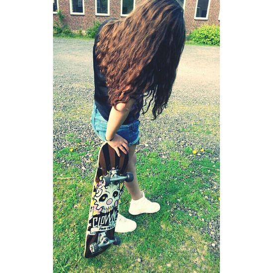 Skateboarding Skater Girl Air Force Wonderland ♥