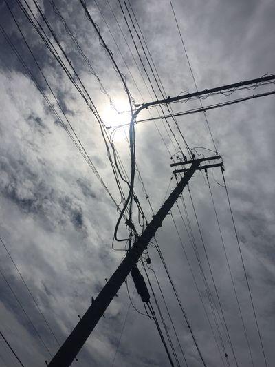 久し振りにこっちも 空 Sky 雲 Clouds 電柱 Utility Pole 電線 Electric Wires 太陽 Sun